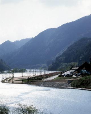 ふれあいパーク大原湖写真2