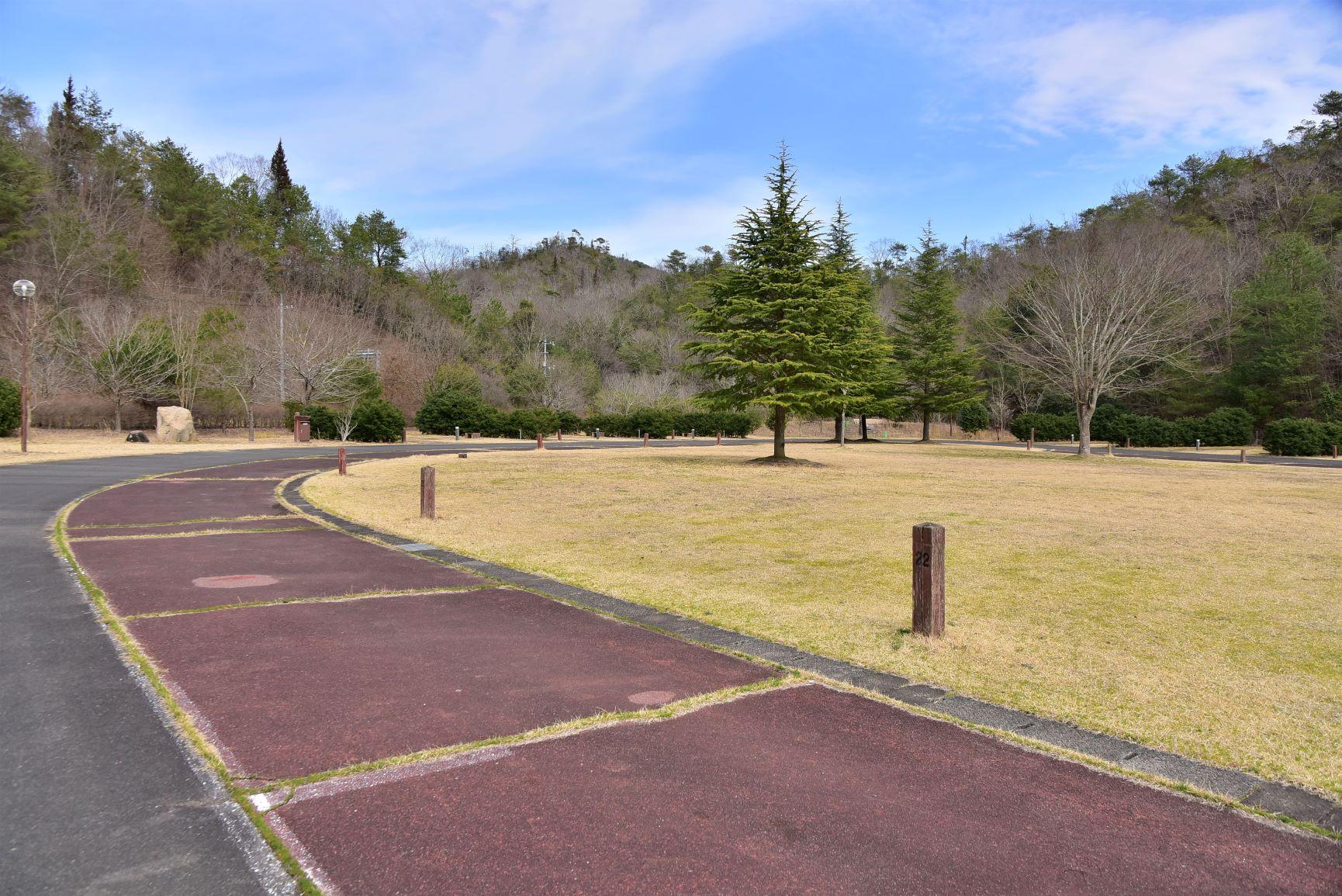 八田原グリーンパーク「芦田湖オートキャンプ場」写真7